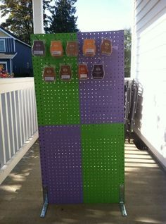 Pegboard Displays for Craft Shows | Peg Board Display