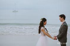 Nosso trabalho hoje na fotografia de casamento, é contar histórias, conhecer os noivos, sua família, expectativas, sonhos e a partir dai, transformar esse dia em uma linda e surpreendente memória…Vamos as Fotos ???Curta nossa pagina no FACEBOOK e nos ajude a compartilhar as lindas histórias de amor que conhecemos…Rodrigo SantosFotografo de casamento | Wedding photography