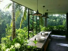 20 Amazing Open Bathroom Design Inspiration - The Architects Diary - Home Design Inspiration Balinese Bathroom, Exterior Design, Interior And Exterior, Room Interior, Resort Bali, Open Bathroom, Jungle Bathroom, Nature Bathroom, Bathroom Ideas