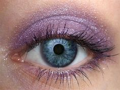 Grape Hyacinth Eyeshadow #vegan #crueltyfree #natural #eyeshadow #hypersensitive  #eyeshadow