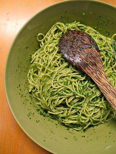 Ruokapankki: Lehtikaali ruukussa ja lehtikaalispagetti