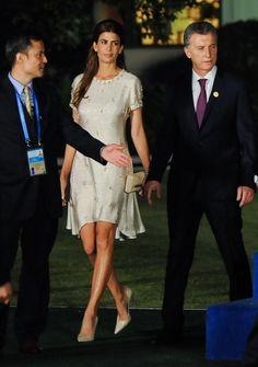 Impecable Juliana Awada acompañó a Mauricio Macri en el encuentro con los…