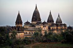(via Temples at dusk, a photo from Madhya Pradesh, Central | TrekEarth)    Khajuraho, India