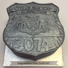 3D correction officer badge Cakes