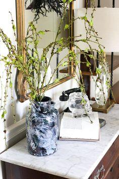 DIY Marbled Vases an