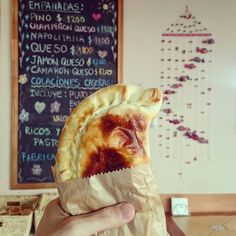 Cheese & Mushroom Empanada! This reminds me of those from Kensington Market #Toronto #Memories  #Chile #チリ  #トロント @kensington_bia #Empanadas #エンパナーダ #Santiago #サンティアゴ  #Travel #旅行 #ChileanFood #チリ料理 #InstaTravel #World #City #世界 #街 #都市 #町 #Instafood #料理 #食べ物 #Empanada #インスタ #Menu #メニュー #CityLife by deculture_fan