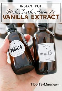 My favorite pressure cooker discovery yet - Instant Pot Vanilla Extract!  Rich, dark, aromatic extract in minutes instead of months! Pressure cooker | homemade vanilla extract#instantpotrecipe #homemadevanillaextract #pressurecookerrecipe