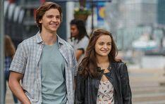 """Mit den Film-Ankündigungen von Netflix für das Jahr 2021bestätigte die Streaming-Plattform, dass die dritten Teile der Franchises """"The Kissing Booth"""" und """"To All the Boys"""" -""""The Kissing Booth 3"""" und"""