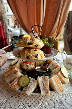 Lovejoy's Tea Room is a cozy, English-style tea house that celebrates the tradition of serving fresh scones, crust-less sandwiches, and aromatic single-pot tea. Scones, Tee Sandwiches, English Tea Time, Tapas, Afternoon Tea Parties, Tea Service, Tea Cakes, Tea Recipes, High Tea