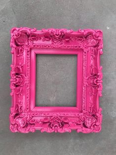 diy home decor Pink Picture Frames, Vintage Photo Frames, Antique Picture Frames, Shabby Chic Mirror, Shabby Chic Frames, Mirror Painting, Painting Frames, Baby Frame, Frames On Wall