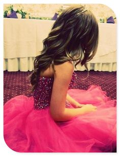 Prom Hairstyles & Prom Outfits For Girls  