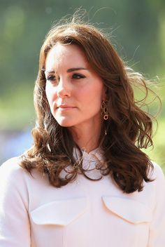 Browse 25243 high-quality photos of Kate Middleton in this socially oriented mega-slideshow.  Updated: April 11, 2016.