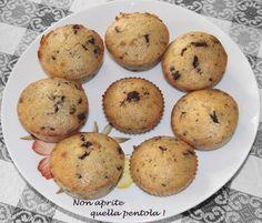 Provate i nostri #cupcakes #banana e #cioccolato su #nonapritequellapentola !  http://blog.giallozafferano.it/nonapritequellapentola/cupcakes-alla-banana-con-gocce-di-cioccolato/