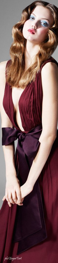 ✦ o h m y b o w {tie a bow on it} ✦ Zac Posen Blush Wedding Colors, Burgundy And Blush Wedding, Shades Of Maroon, Burgundy Fashion, Bow, Glamour, Colored Highlights, Burgundy Color, Zac Posen