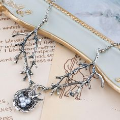 Enchanting-Bird's-Nest-in-Branches-Necklace-Tree-Branches-Nest-Necklace-Twigs-Nest-Antique-Silver-Necklace-Elven-Meadow