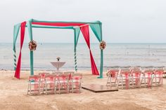 Incorporate the colors you would like for your beach ceremony #DreamsSandsCancun