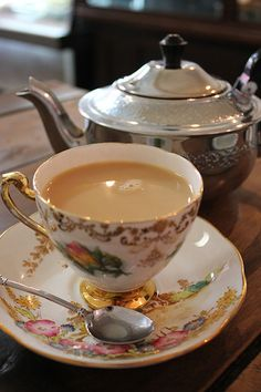 When I go to see my old neighbour Jean, she makes me tea in a proper cup and saucer. Lovely.