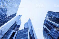 Gratte-ciel bleu grand bureau Stock Photo Libre de Droits 20366964 - iStock