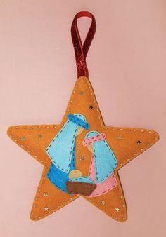 nacimiento-fieltro-navidad Christmas Crafts Sewing, Christmas Craft Fair, Felt Christmas Decorations, Felt Christmas Ornaments, Christmas Embroidery, Christmas Nativity, Christmas Hearts, Christmas Christmas, Nativity Crafts