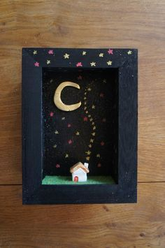 Diorama frame moonlight ceramic house par MoonAndWoodShop sur Etsy, €28.00