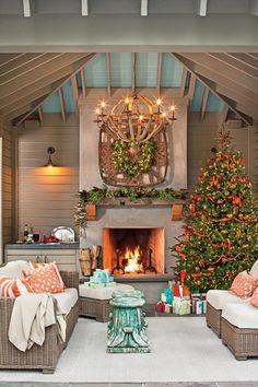 Bring cheer to your house this holiday season with these easy decorating ideas. Everyone loves decorating for Christmas. Grab your garland and get ready for wreaths, because here, the editors of Southern Living share some of their favorite new ideas for Christmas decorating. These decorating ideas for your mantel, front door, mailbox, Christmas tree, and more will surely fill you with Christmas cheer. We show you how to give a twist on tradition with handmade willow-branch wreaths that you…