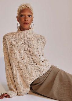 Hand Knit Scarf, Hand Knitted Sweaters, Knitwear Fashion, Knit Fashion, Designer Knitwear, Plus Size Winter Outfits, Chunky Knitwear, Knitting Designs, Lana