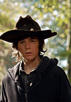 Short imagines of Chandler Riggs and Carl Grimes (I take requests s… Fanfiction Walking Dead Coral, Carl The Walking Dead, Walking Dead Gif, The Walking Death, Chandler Riggs, Carl Grimes, Twd Memes, Stuff And Thangs, Cute Actors
