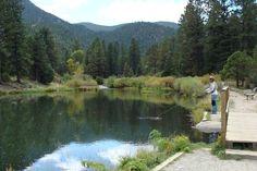 Gravel PIt Lakes, Cimarron Canyon State Park between Cimarron & Eagle Nest, NM