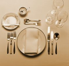 MARTHA MOMENTS: Tablesettings by Martha