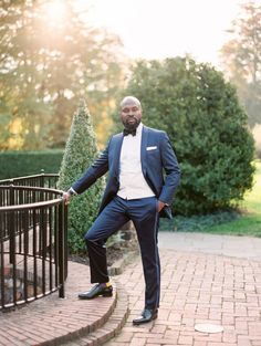 Elizabeth Austin Photography | Photographers in Atlanta #groom #suit #weddingideas Be My Groomsman, Groom And Groomsmen, Wedding Day Gifts, Bride Gifts, Lace Wedding Invitations, Wedding Officiant, Best Wedding Photographers, Groom Style, Alternative Wedding