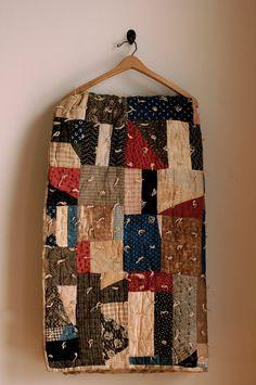 Vintage Handmade Quilt.  (Looks like ones my grandma used to make.)