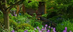 We are proud to be a part of the @GreatOrmondStreet Hospital Morgan Stanley garden opening event today. The garden was designed by @ChrisBeardshaw1 and featured at this year's #ChelseaFlowerShow. http://www.gosh.nhs.uk/news/press-releases/2015-press-release-archive/morgan-stanley-garden-great-ormond-street-hospital-gosh #RHSChelsea #candles #TheCountryCandleCompany #ChelseaCollection
