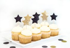 New Years Eve Toppers, Black and Gold Star Cupcake Toppers, New Years Eve Wedding, Star Toppers, 2016 Toppers, NYE Party Decor by studiopep. Explore more products on http://studiopep.etsy.com