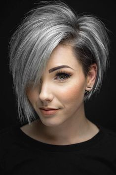 Are you looking for the most flattering short grey hair color ideas and styles? - haarschnitte Are you looking for the most flattering short grey hair color ideas and styles? Short Grey Haircuts, Latest Short Haircuts, Popular Hairstyles, Short Hair Cuts For Women, Short Hairstyles For Women, Hairstyles Haircuts, Pixie Haircuts, Hairstyle Short, Short Hair For Round Face Plus Size