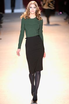 Zac Posen Fall 2011 Ready-to-Wear Collection Slideshow on Style.com