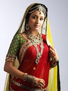 Indore girl Paridhi Sharma in Ekta Kapoor's television serial Jodha Akbar. #Bollywood #Fashion