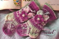 This is the knitting pattern for Anelmaiset baby boots. These Anelmaiset style baby boots will fit any little princess or prince from the age months. Yarn used is Sandnesgarn BabyUll Lanett. Kids Knitting Patterns, Knitting For Kids, Knitting Socks, Knit Socks, Crochet Slippers, Knit Crochet, Crotchet, Baby Boots, Baby Steps