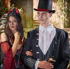 Vampires, Halloween Vampire, Costume, Captain Hat, Hats, Fashion, Woman, Moda, Hat