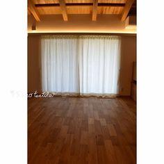 リネンカーテン インテリア通販ショップ リノテキスタイルさんはInstagramを利用しています:「無垢の木と塗り壁が心地よく、安らぐお宅に、素朴なリノナチュラルを選んで頂きました。 ・ 気取りのないリネンカーテン。自然素材のお家にすっと馴染んで ・ シンプルな豊かさを感じられる空間でした。 リノテキスタイル #リノテキスタイル #リネン #リネンカーテン #自然素材…」