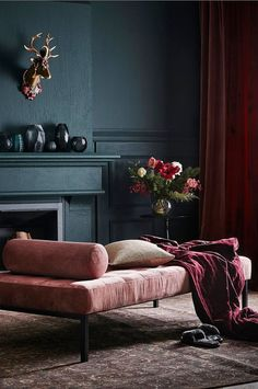 14 Trendy Bedroom Design and Decor Ideas for Your Next Makeover - The Trending House Decor Room, Living Room Decor, Bedroom Decor, Home Decor, Dark Teal Living Room, Dark Teal Bedroom, Dark Bedrooms, Dark Lounge, Feminine Bedroom