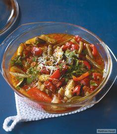 Hier kommt alles aus dem Ofen und das heißt für uns: Entspannung! Tomaten, Paprika, Bohnen und Zucchini kochen sich fast von selbst (17 g Kohlenhydraten p.P.)