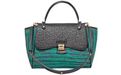Bought this today ... It's my new favorite bag I own! Love Henri Bendel!