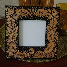 You can use Dremel Tools for a wide variety of crafts and DIY projects. In this feature we show you how easy it is to use your Dremel Tool to carve a decorative picture frame. http://www.home-dzine.co.za/crafts/craft-dremel-frame.htm#