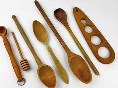 Collection of 7 wooden kitchen utensils spoons by CircularVintage