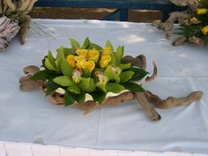 Driftwood and Green Cymbidium Orchids And Roses Wedding Reception Centerpieces, Wedding Decorations, Table Decorations, Driftwood Crafts, Driftwood Ideas, Cymbidium Orchids, Wood Creations, Cool Diy, Diy Projects