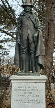 image - The Plymouth, Massachusetts statue of William Bradford. Us History, Family History, American History, William Bradford, Plymouth Colony, Plymouth Massachusetts, Colonial America, Interesting History, Sculptures