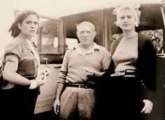 Dora Maar, Pablo Picasso e Lee Miller nel 1937 (foto di Roland Penrose). Pablo Picasso, Picasso Art, Man Ray, Muse, Roland Penrose, Picasso Pictures, Dora Maar, Cubist Movement, Most Famous Artists