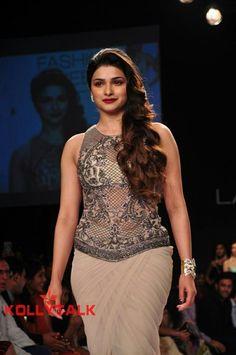 Beautiful Girl Indian, Beautiful Indian Actress, Beautiful Actresses, Gorgeous Women, Indian Actress Gallery, Lakme Fashion Week, Women's Fashion, Stylish Girl Pic, White Mini Dress