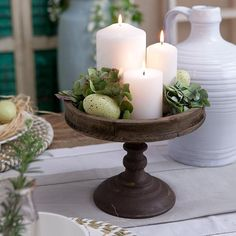 A simple yet elegant way to add a little 'Easter' to your home is to introduce e. A simple yet elegant way to add a little 'Easter' to your home is to introduce eggs to your existing decor Cake Stand Decor, Kitchen Island Decor, Kitchen Ideas, Christmas Decorations, Table Decorations, Kitchen Table Centerpieces, Wedding Centerpieces, Christmas Ideas, Decorating Coffee Tables