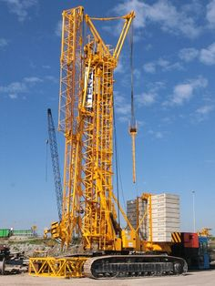 Teka tower crane at works in Netherlands